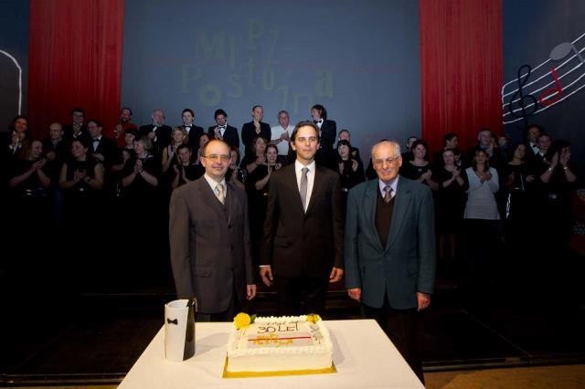 Zborovodje MePZ Postojna: (od leve proti desni) Matej Penko, Mirko Ferlan, Ivo Jelerčič