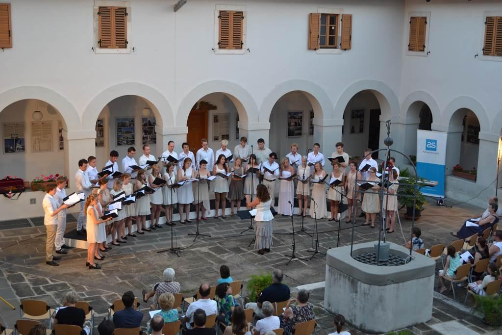 2014_02_Koncert_Norveski_mladinski_zbor_FOTO_Arhiv_zbora_www