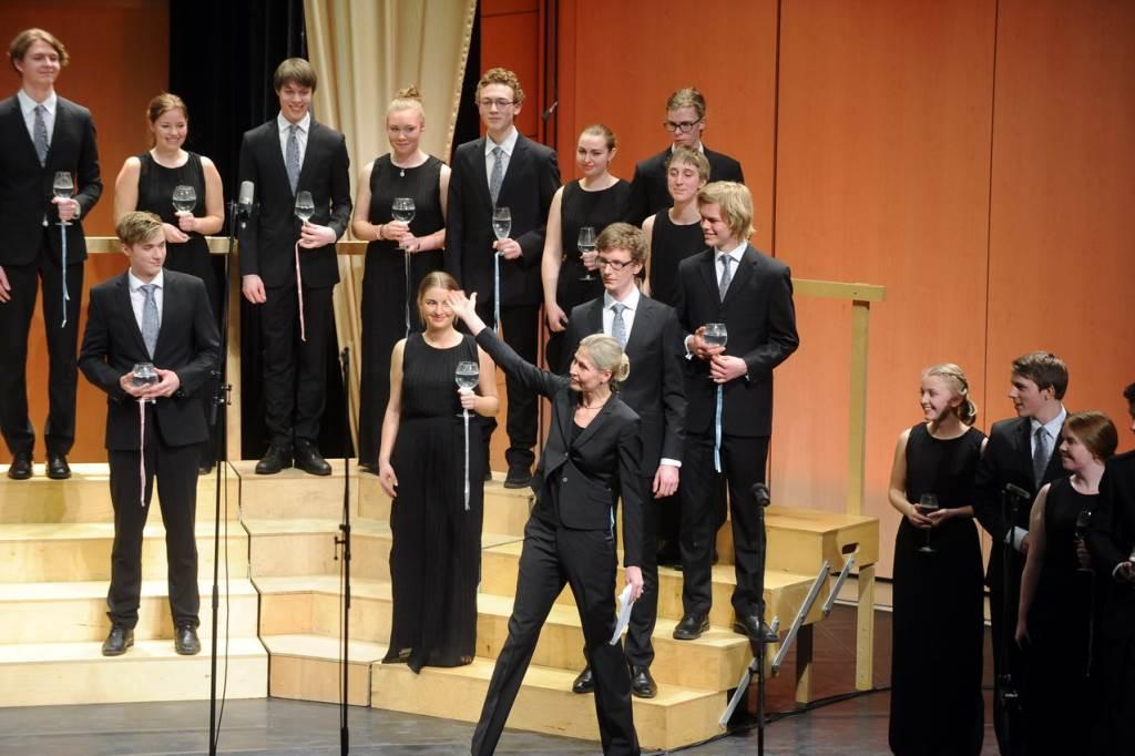 Zbor Glasbene gimnazije Stockholm, zb. Helene Stureborg (zmagovalci lanskega Mednarodnega zborovskega tekmovanja Maribor) Foto: Christian Balandras