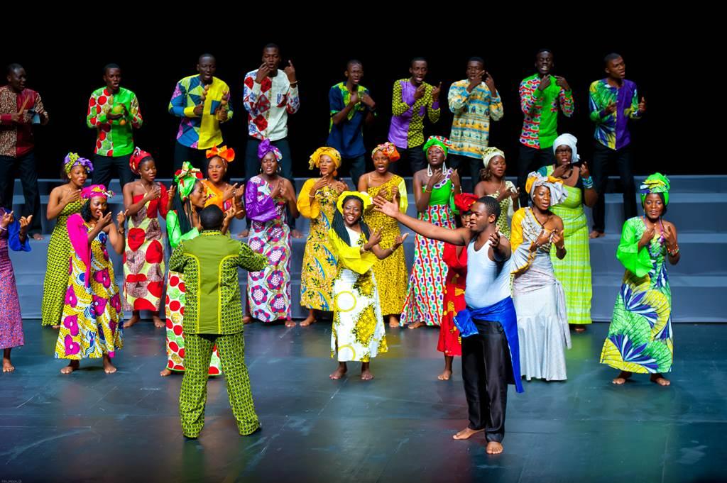 Afriški mladinski zbor, zb. Ambroise Kua Nzambi Toko Foto: Francesco Leonardi