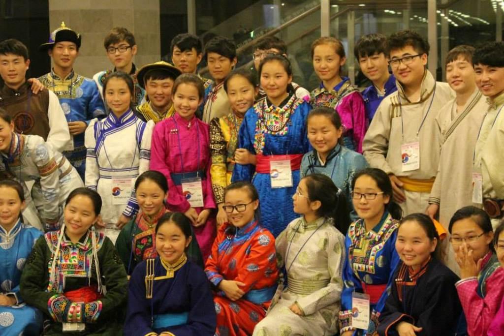 Mladinski zbor Notranje Mongolije, Kitajska, zb. Yalun Gerile