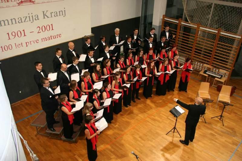 Ponovitev slavnostnega koncerta v Kranju v dvorani Gimnazije Kranj oktobra 2014 Foto: arhiv APZ FP Kranj