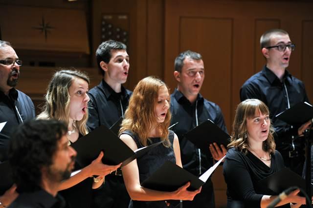 Mešani pevski zbor Viva Brežice Foto: Janez Eržen