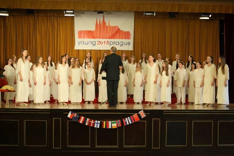 Mladinski pevski zbor Glasbene šole Velenje, zb. Matjaž Vehovec