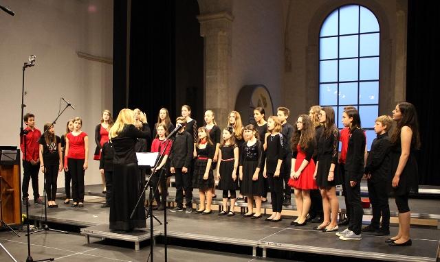 Mladinski zbor Glasbene šole Koper, zb. Maja Cilenšek Foto: arhiv MePZ Obala Koper