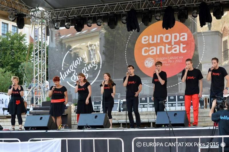 Dolg aplavz številne publike je spremljal Jazzvo na raznih koncertnih lokacijah. Foto: Europa Cantat