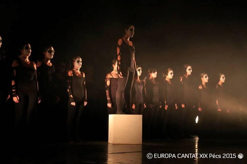 Zaključni nastop delavnice Basilia Astuleza z naslovom »Misteriji« Foto: Europa Cantat