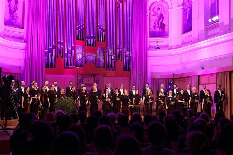 Zbor Slovenske filharmonije na jubilejnem koncertu 5. marca 2016 v Dvorani Marjana Kozine Foto: Darja Štravs Tisu