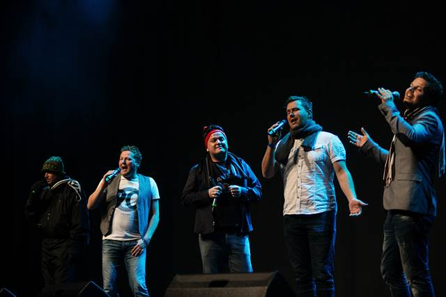 Sonusi so s svojim značilno humorističnim nastopom sprožili salve smeha. Foto: Nina Smrekar