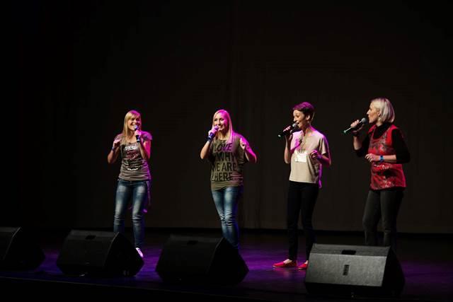Vokalni kvartet (pd)4 zna prav odlično zapeti po finsko. Foto: Nina Smrekar