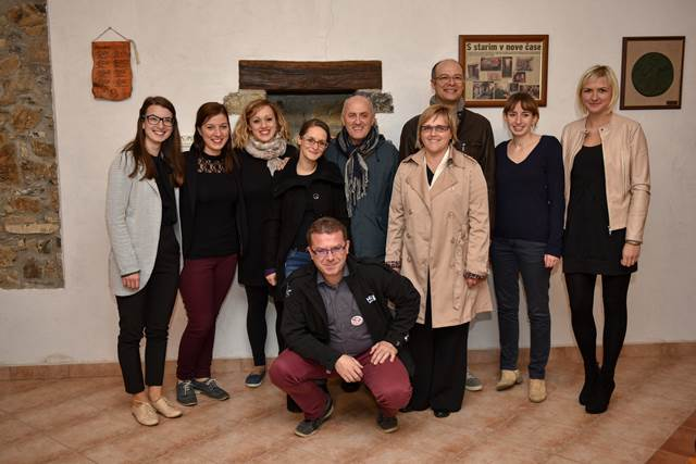 Aktivni udeleženci tečaja z maestrom Bustom Foto: Robert Ferjančič