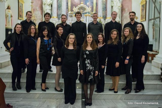... pred tem pa Komorni zbor Krog iz Ljubljane (2014–2015) ...