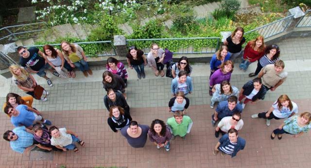 ... in študentski medicinski pevski zbor COR iz Ljubljane (2011–2013).