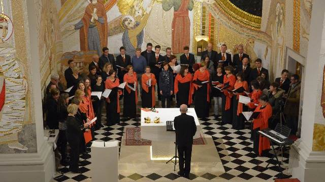 Zaključna skladba koncerta z udeleženci Foto: Marko Česen Šček