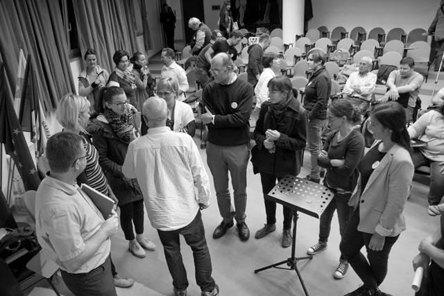 1. dan – Škofijska gimnazija Vipava (avditorij): Navodila g. Javierja Busta aktivnim udeležencem Foto: Blaž Rosa