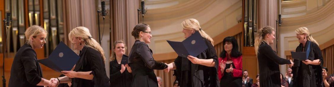 Finalistkam je nagrade podelila predsednica žirije, Karmina Šilec. Foto: Darja Štravs Tisu
