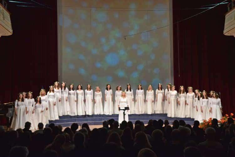Ženski komorni zbor ČarniCe