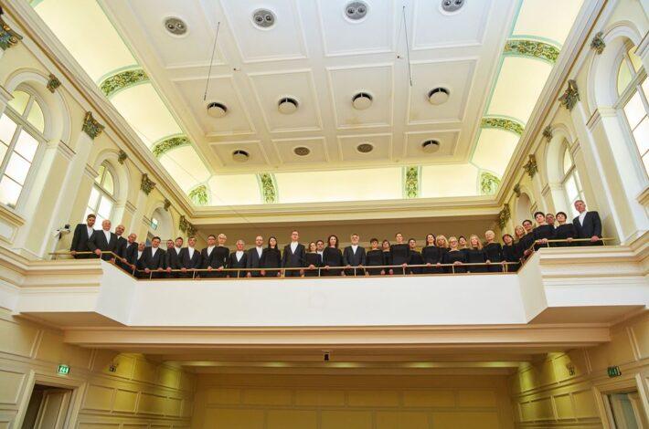 Tri desetletja našega poklicnega koncertnega zbora